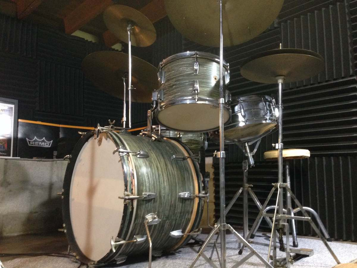 BEFORE (1967 LUDWIG SUPER CLASSIC IN BLUE OYSTER PEARL)